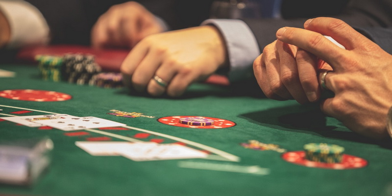 3 players how to play casino war at the casino