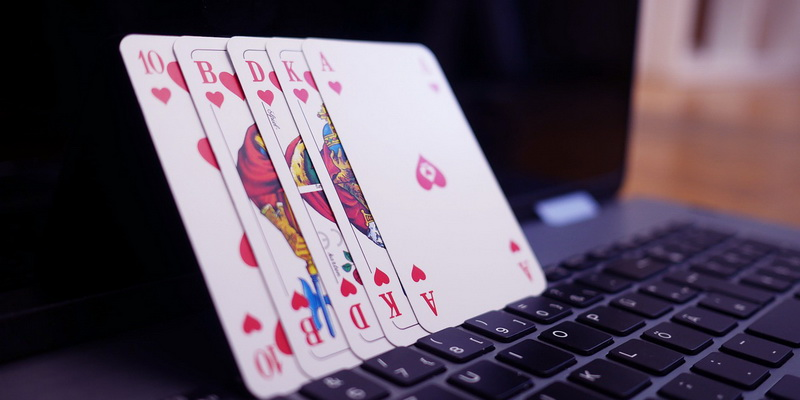 5 cards - Caribbean poker rules