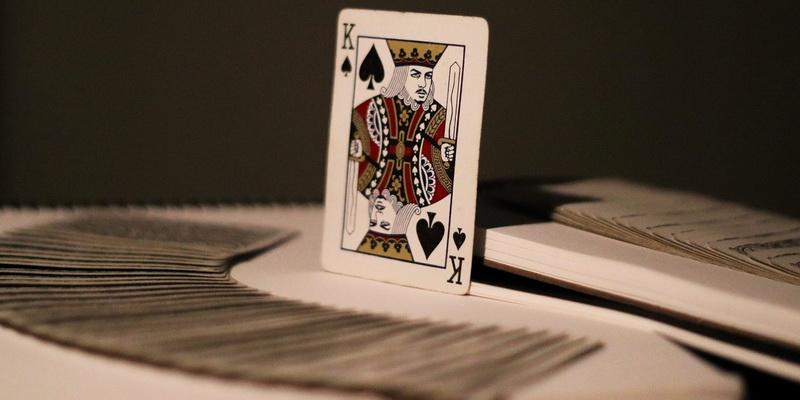 King card casino war strategy